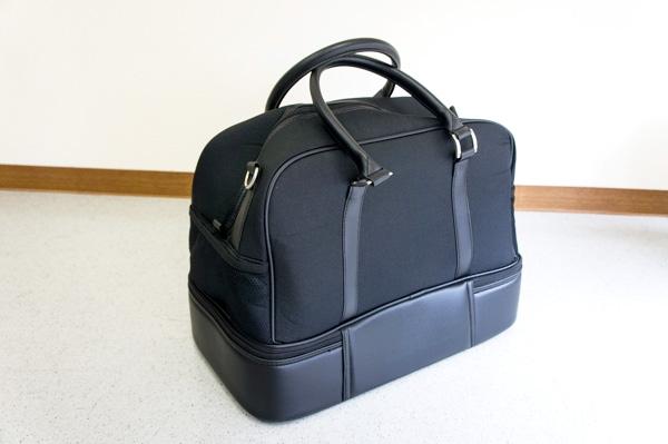 手荷物用のボストンバッグの画像