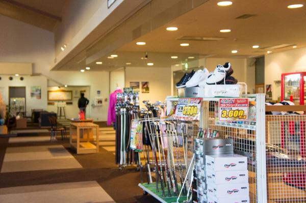 熱海倶楽部 東軽井沢ゴルフコースの倶楽部ハウス内の画像