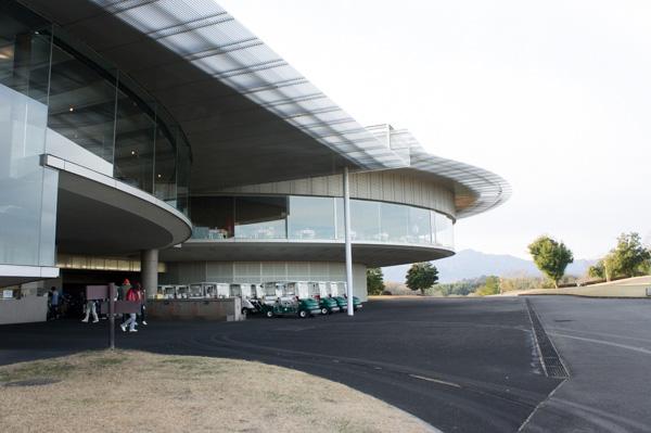 レイクウッドゴルフクラブ富岡コースのクラブハウスの画像