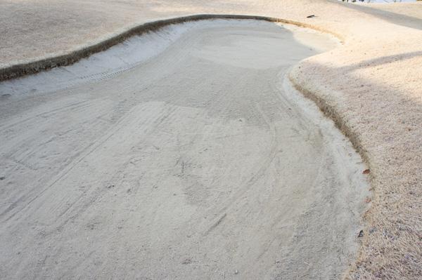 レイクウッドゴルフクラブ富岡コースのバンカーの画像