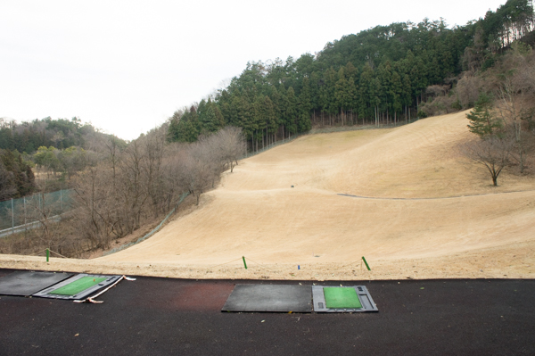 下仁田カントリークラブの練習場の画像