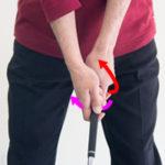 ゴルフグリップの握り方のコツは左右を拮抗させるために絞る